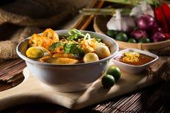 sopa de macarronete picante do caril do traditiona Foto de Stock Royalty Free