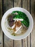 Sopa de macarronetes do arroz das entrecostos de porco da carne de porco Foto de Stock
