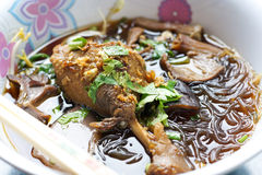 Sopa de macarronetes tailandesa Imagem de Stock