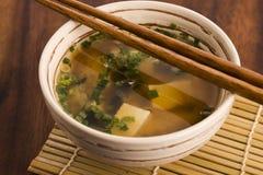 Sopa de miso japonesa Fotografía de archivo libre de regalías