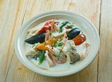 Sopa de pescado de pescados del coco Foto de archivo