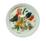Sopa de pescado de pescados del coco Imagen de archivo libre de regalías
