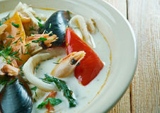 Sopa de pescado de pescados del coco Imágenes de archivo libres de regalías