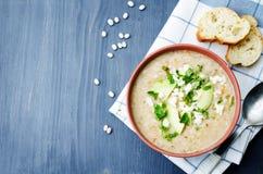 Sopa de pollo de las habas blancas Imagen de archivo