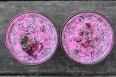 Sopa de remolachas fría Fotografía de archivo