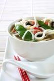 Sopa de tallarines asiática Imágenes de archivo libres de regalías
