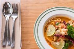 Sopa de tom dos espaguetes yum imagem de stock royalty free