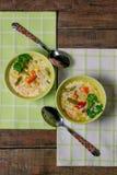Sopa de verduras con queso fotos de archivo libres de regalías