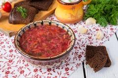 Sopa de verduras de las remolachas Imágenes de archivo libres de regalías