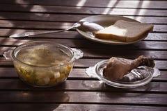 Sopa de verduras del pollo Fotografía de archivo libre de regalías