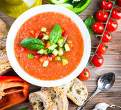 Sopa del gazpacho del tomate con pimienta Fotos de archivo libres de regalías