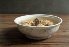 Sopa del hueso del ma?z y del cerdo, comida china deliciosa fotografía de archivo libre de regalías