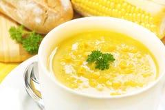 Sopa del maíz y del perejil Foto de archivo libre de regalías