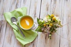 Sopa del puré de la calabaza Foto de archivo libre de regalías