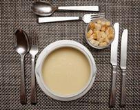 Sopa do aipo na tabela do restaurante Foto de Stock