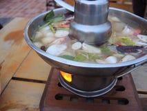 Sopa do camarão, Tom Yum Goong, alimento de Tailândia imagens de stock royalty free