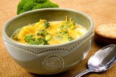 Sopa do queijo dos bróculos Fotos de Stock Royalty Free
