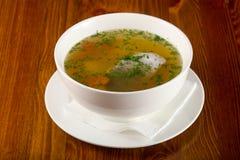 Sopa dos peixes com truta Imagem de Stock