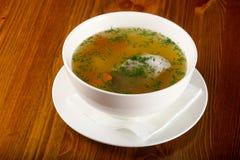 Sopa dos peixes com truta Imagens de Stock