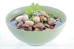 Sopa e almôndegas de macarronete da carne Fotografia de Stock Royalty Free