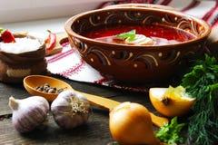 Sopa e bacon ucranianos nacionais da refeição Fotografia de Stock Royalty Free