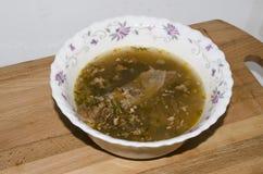 Sopa en una tajadera Fotos de archivo