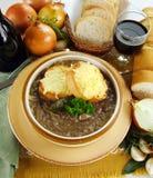 Sopa francesa de la cebolla Imagen de archivo libre de regalías