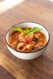 Sopa hecha en casa de Fagioli del Calamari Imagen de archivo libre de regalías