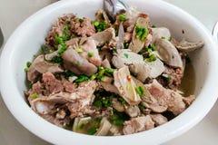 Sopa macia picante do osso do estilo tailandês do alimento com pimentões Imagem de Stock Royalty Free