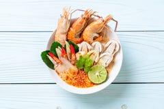 sopa picante dos camarões (Tom Yum Goong fotos de stock
