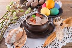 Sopa polonesa de Easter com ovo fotos de stock