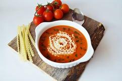 sopa poner crema de la Tomate-verdura Foto de archivo libre de regalías