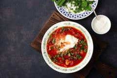 Sopa roja de la remolacha tradicional rusa ucraniana tradicional - borscht imágenes de archivo libres de regalías