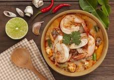 Sopa tailandesa de Tom Yum imagen de archivo