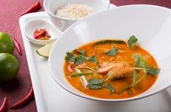 Sopa tailandesa do camarão de tom yum fotos de stock