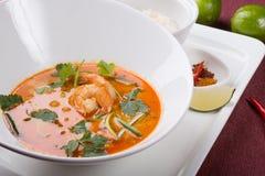 Sopa tailandesa do camarão de tom yum fotos de stock royalty free