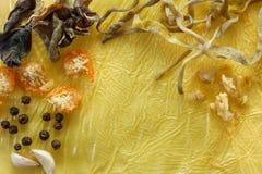 Sopa tailandesa do ingrediente ou chinesa suave como o fundo Imagens de Stock