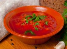 Sopa tradicional rusa de la remolocha Imagen de archivo