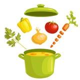 Sopa vegetal con los ingredientes Fotos de archivo libres de regalías