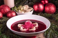 Sopa vermelha do borscht imagens de stock royalty free