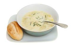 Sopa y pan Fotografía de archivo libre de regalías