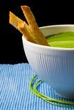 Sopa y pan del bróculi Imagenes de archivo