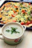 Sopa y pizza de seta Fotografía de archivo