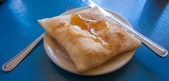 Sopapilla a fait frire le dessert de pâtisserie Image stock