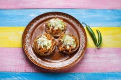 Sopes de Tinga do mexicano fotos de stock royalty free