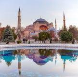 sophia istanbul hagia Памятник мира известный византийской архитектуры Взгляд собора St Sophia на Стоковая Фотография RF