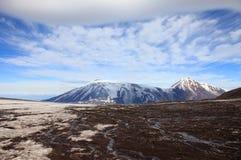 Sopka Ploskaya berg Arkivfoto