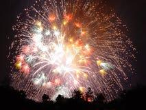 Soplo de los fuegos artificiales Imagenes de archivo