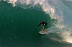 Soplo de Mick del campeón del mundo que practica surf Imagen de archivo libre de regalías