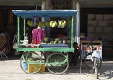 Soporte de fruta Imagen de archivo libre de regalías